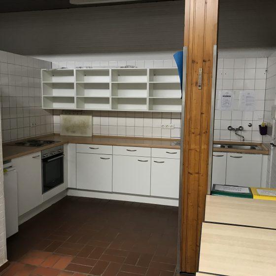 Die größere Küche.